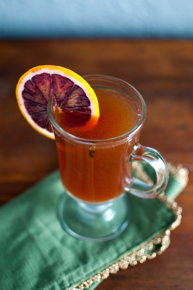 Blood Orange Hot Toddy from @kristelpoole on http://stirringthingsupblog.com